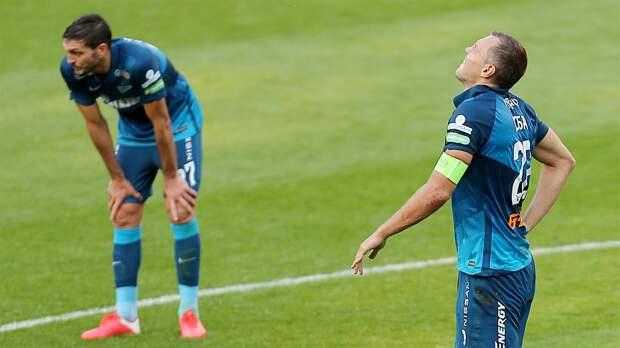 Игроки «Зенита» устали, Миранчук странно попрощался с «Локо», а питерские фанаты устроили два гостевых сектора