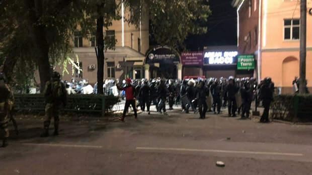 Акция протеста в Бишкеке - РИА Новости, 1920, 05.10.2020