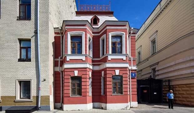 Специалисты приступили к реставрации дома-музея Чехова в Москве