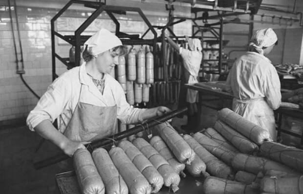 Почему советская колбаса по 2,20 р получила название именно «Докторская»